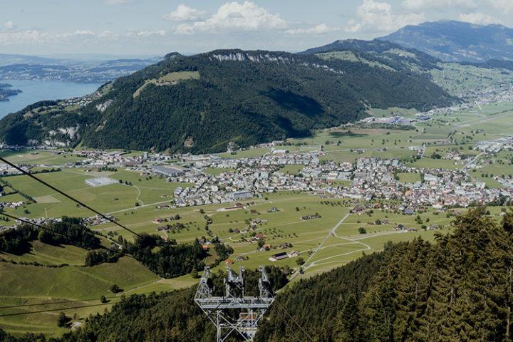Die CabriO-Bahn – die weltweit erste Seilbahn mit offenem Oberdeck am Stanserhorn