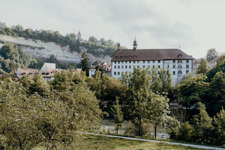 Wanderung entlang der Saane in Fribourg