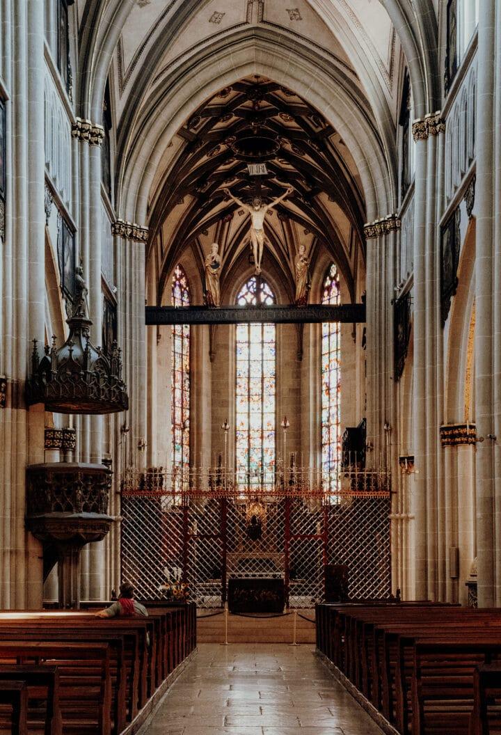 Die Kathedrale St. Nikolaus in Fribourg